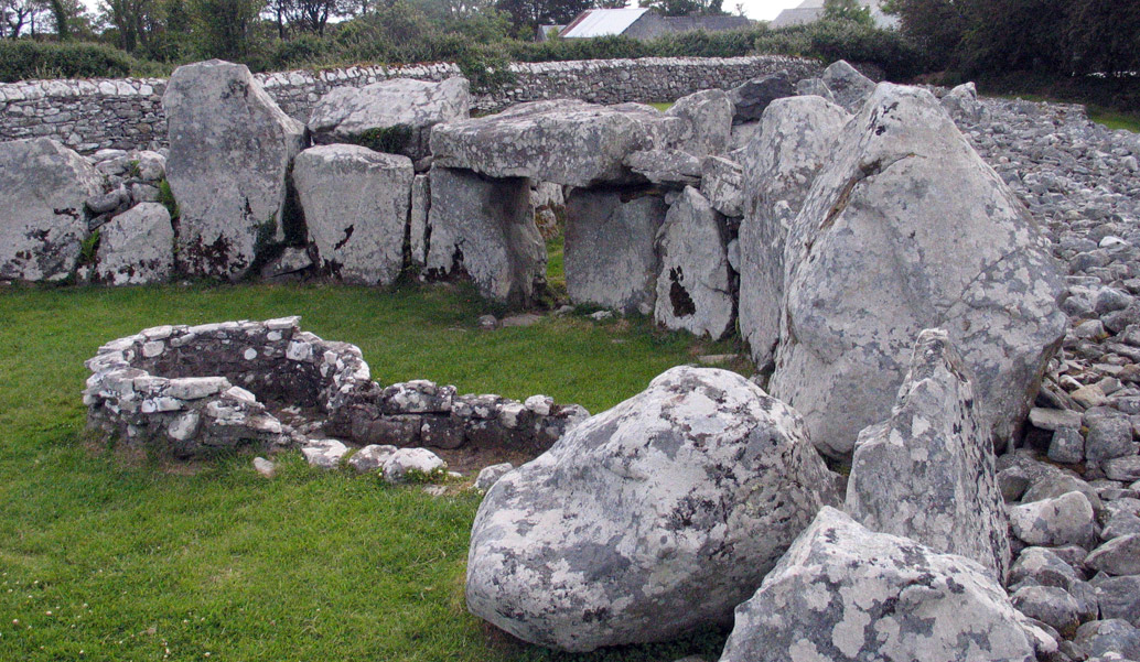 Creevykeel court cairn, Cliffoney, Co Sligo.